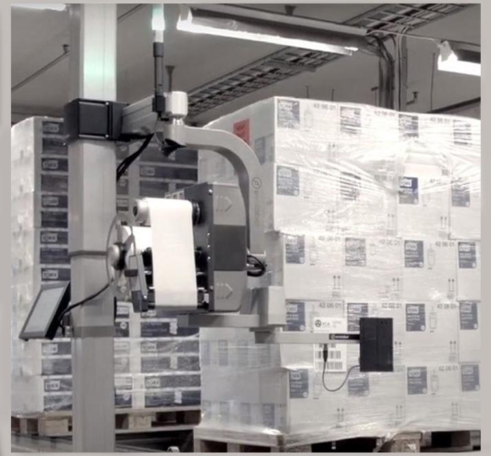 Pallet label printer applicator